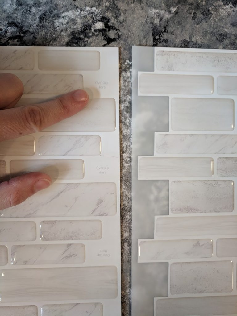 How to get a new backsplash in 2 hours!