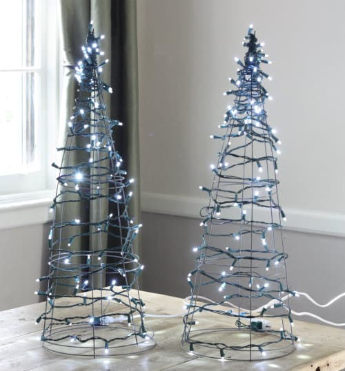 Best Easy DIY CHristmas Trees for Small Spaces