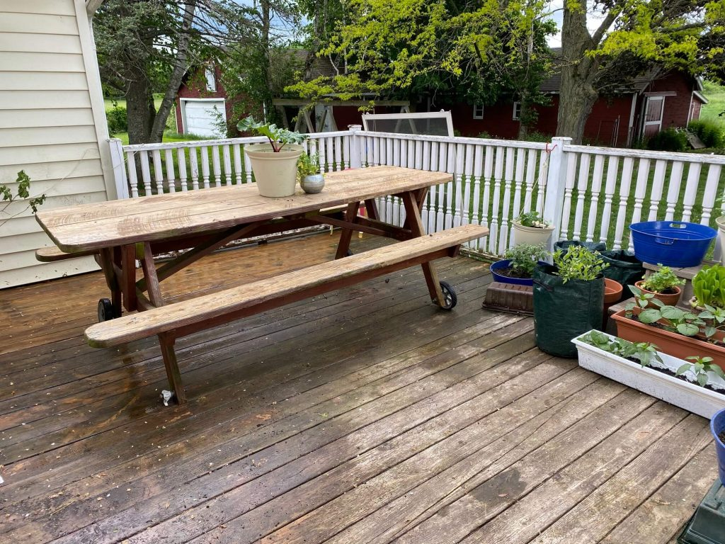 How to paint spindles and upgrade your deck