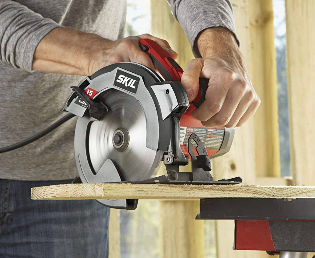 Make straight cuts with a circular saw